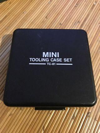 Vintage 8 pieces of MINI TOOLING CASE SET - TC-81