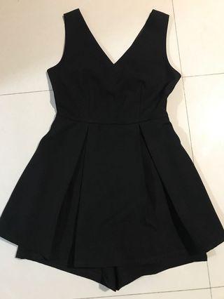 🚚 Black Romper skirt pants