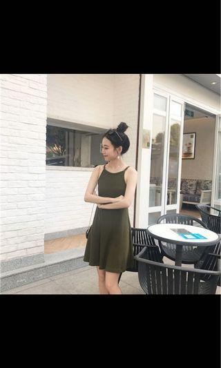 🚚 khaki green dress