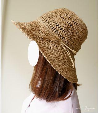 🚚 轉賣 妮日貨 可摺疊收納* 抗紫外線95%遮陽編織蝴蝶結藤帽