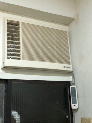 冷氣Hitachi(窗戶式)