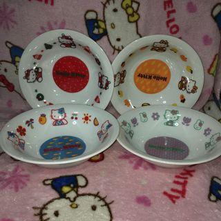 Hello Kitty 4pcs Ceramic Bowl Dish (Slight scratches)