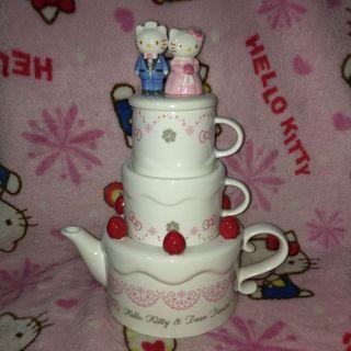 Hello Kitty & Dear Daniel Wedding Teapot With Cup Set