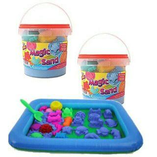 Kinetic sand 1kg with molds free inflatable tray