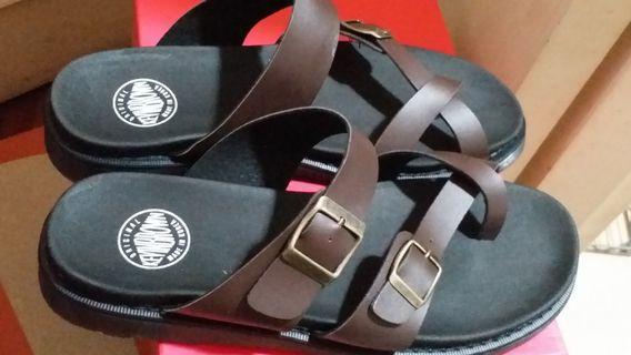 韓國製凉鞋 #MTRkt
