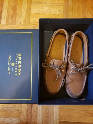 7.5 Sperry Gold Cup Boat Shoes
