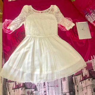 Flower Lace Mini Dress in Broken White #CNY2019