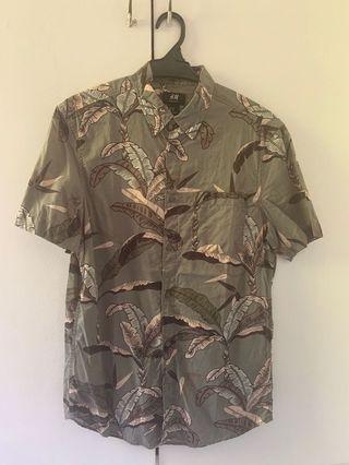 H&M Man Short Sleeve Shirt