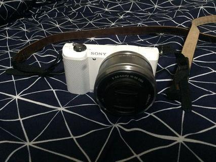 Sony A5000 white