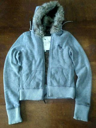Jaket Abercrombie and Fitch