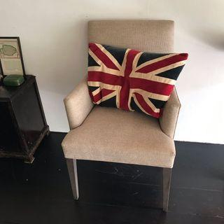 Cushion - United Kingdom