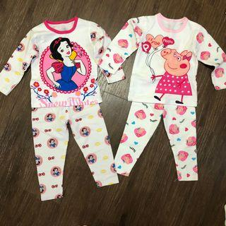 🚚 Preloved used in very good condition almost brand new Baby Pyjamas snow white and peppa pig