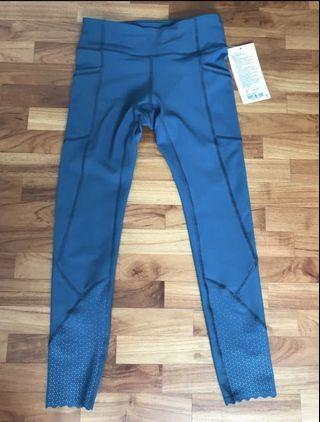 Brand new w tag Lululemon Tight stuff 7/8 tight II (size 4)