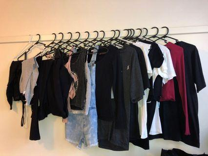 Selling ALOT of Clothes!!