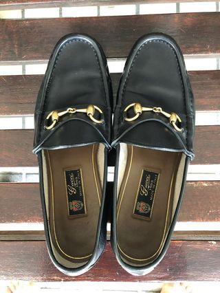 72d2a3a9a55 Classic Gucci Horsebit Loafer