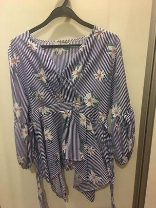 Wore once flower top