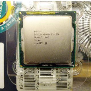 Linksys EA4500 v1 Dual-Band N900 Router w/ Gigabit & USB (可