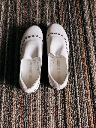 Opening Ceremony white leather flats size 8 US