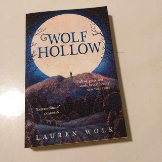 9780552574297 Wolf Hollow by Lauren Wold