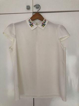 White Top with flower embroidery on collar