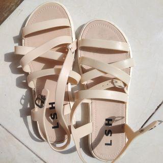 Sandal Karet warna Krem