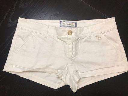 Women's Abercrombie & Fitch White Shorts Size 0