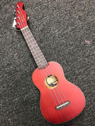Fender Ukulele with Bag 芬達 夏威夷結他 四弦琴連袋(紅色)只售 280 元