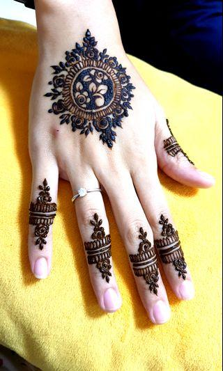 Party Henna at promo rates!!