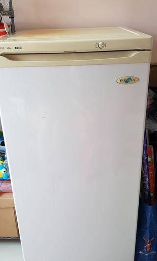 Farfella FUF-150A Upright Freezer