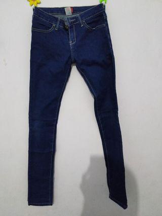 pdi jeans