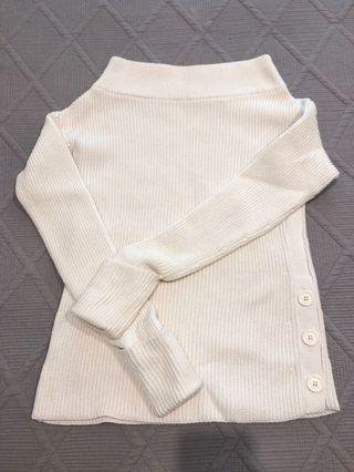Country Road off the shoulder Jumper