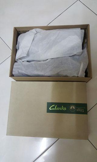 Clarks Skyward free Loafer Size 9UK wide cut Puchong Sunway PJ KL