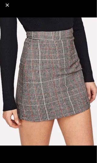 BNWOT Plaid skirt