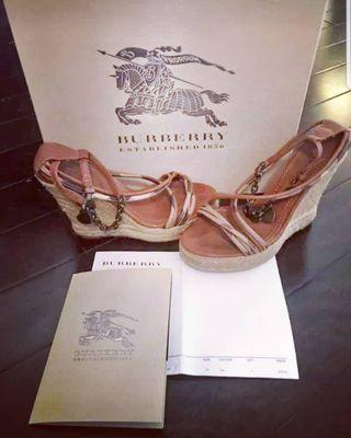 Price drop! Authentic Burberry wedges