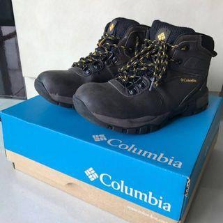 🚚 Columbia Trekking Shoe (kid)