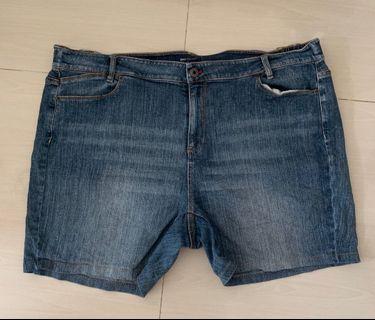 🚚 Denim Shorts Plus Size