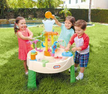 Little tikes water fountain play set