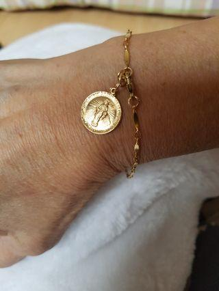 🚚 14k gold filled bracelet with Miraculous medal