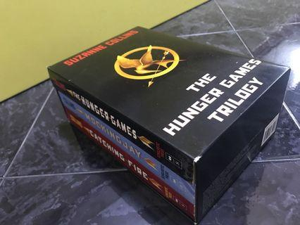 🚚 The Hunger Games Trilogy