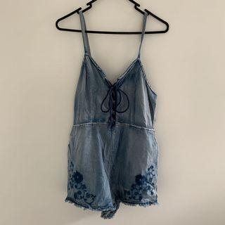 (Size M)Minkpink Denim embroidery Romper