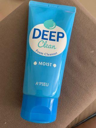 Deep Clean Foam Cleanser