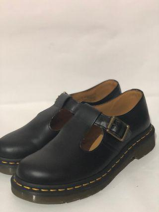 Dr. Martens Polley Black