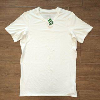 Patagonia Women's Tee, 100% new, Size S