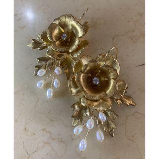 Norahs Design Handmade Brass flowers earrings with freshwater pearl