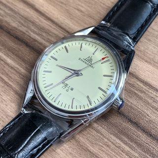 100% 全新 復古 手動機械手錶