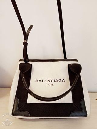 歡迎驗貨🎉議價 義大利約3萬購入 Balenciaga 包包 肩背包 側背包 手提包 手拿包 禮物 生日禮物 情人節 母親節
