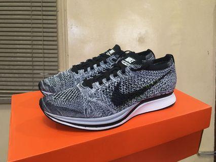 0380aa889581 Nike Flyknit Racer Oreo v1