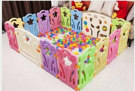 Baby play yard / play fence / play pen