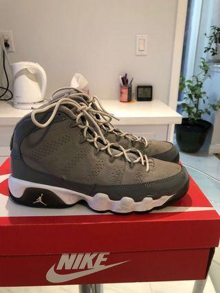 Air Jordan retro 9 cool grey size 5Y