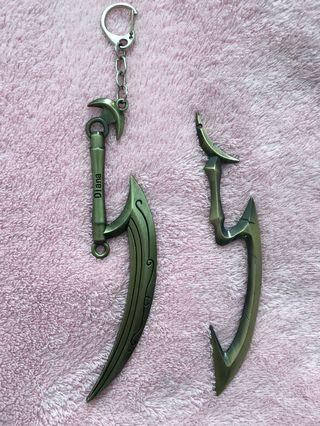 League of Legends / LoL Diana Sword Scythe Bronze Keychain 15cm